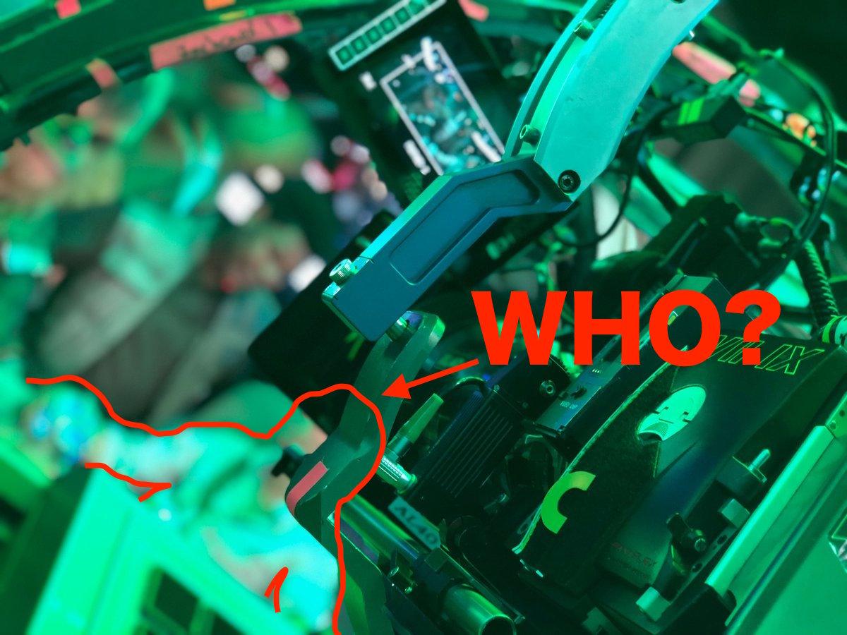 スターウォーズエピソード9撮影開始!!フィンの隣にいるのがフォースで見えてきた件