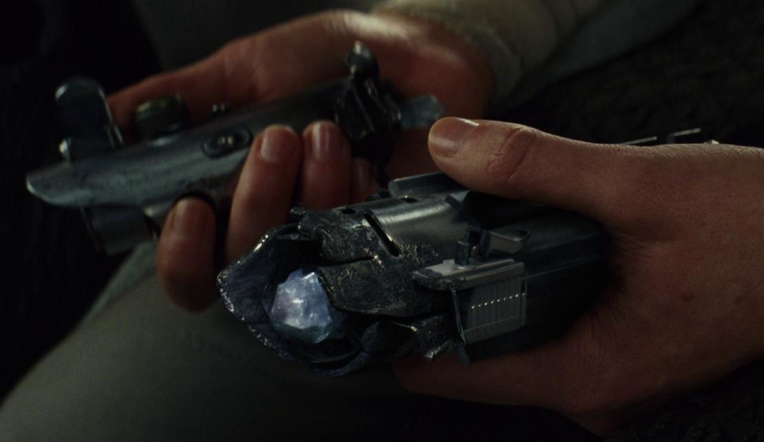 【確信】スターウォーズエピソード9でレイのライトセーバーはダブルブレード!
