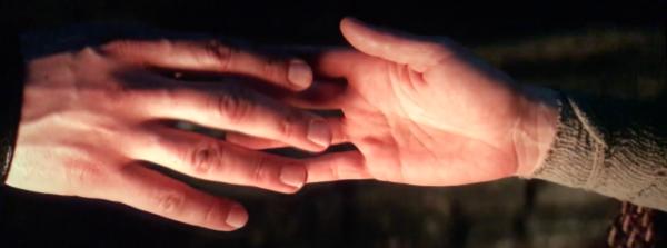 kylo-rey-hand